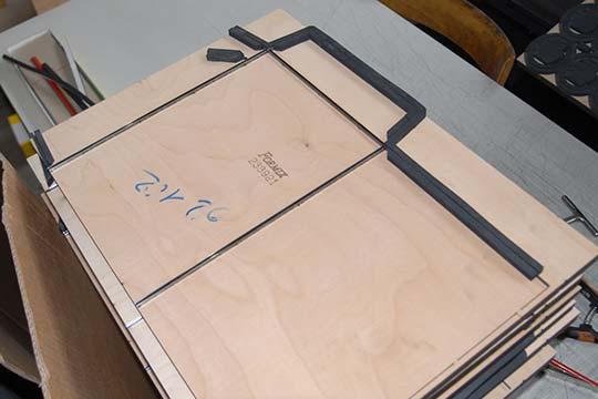 Forme de découpe pour chemise cartonnée